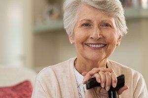 Dental Implants vs Dentures: